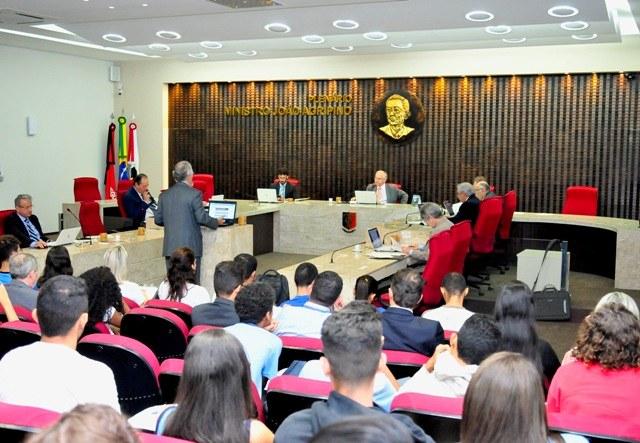 Sessão do Pleno TCE.JPG